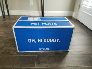 Unopened Pet Plate Box upon delivery